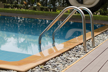 pool ladder with steel handle
