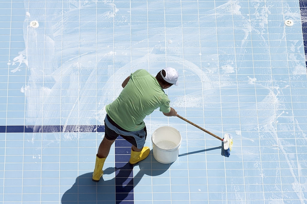 Pool Cleaning Williamsville