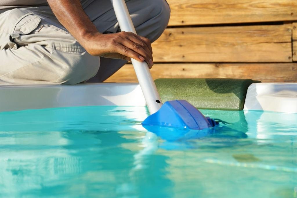 Pool Maintenance Kenmore