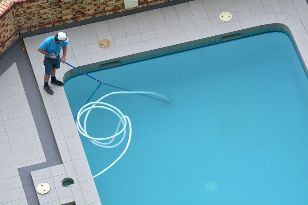 Pool Service Kenmore
